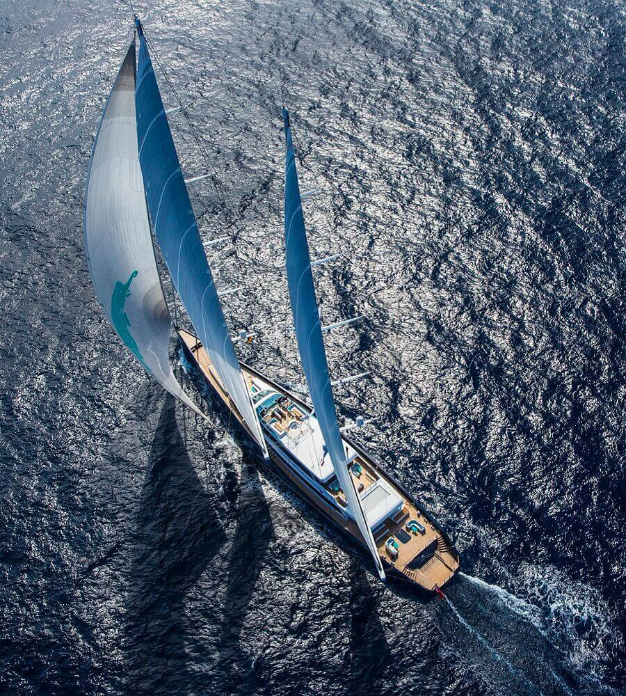 Sailing yacht air conditioning